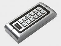 Антивандальная кодовая клавиатура KEYCODE для управления автоматическим устройством, также может быть использована как внешняя клавишная панель или устройство считывания проксими-карт.