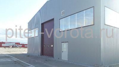 Промышленные подъёмно-секционные ворота в Усть-Луге