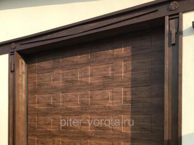 Ворота гаражные подъёмно-секционные Alutech Classic в Токсово