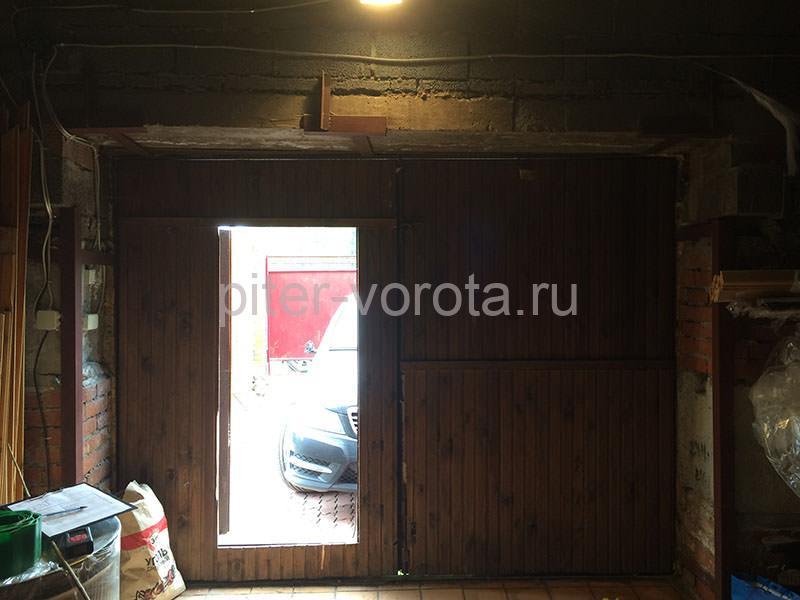 Гаражные подъёмно-секционные ворота в Горелово