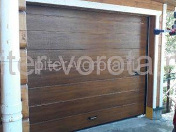 Ворота гаражные подъёмно-секционные DoorHan RSD01 в Васкелово