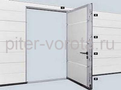 Встроенная или отдельно стоящая калитка, выполненная в стилистике всего изделия.