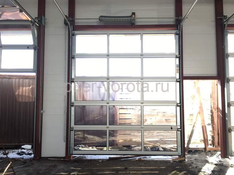 Промышленные подъёмно-секционные ворота в Санкт-Петербурге, Комендантский 43