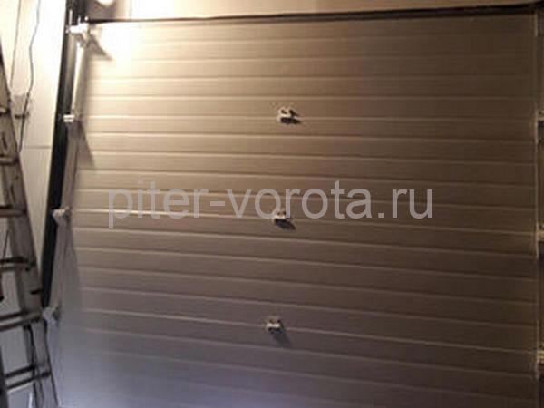Промышленные подъёмно-секционные ворота в Горелово