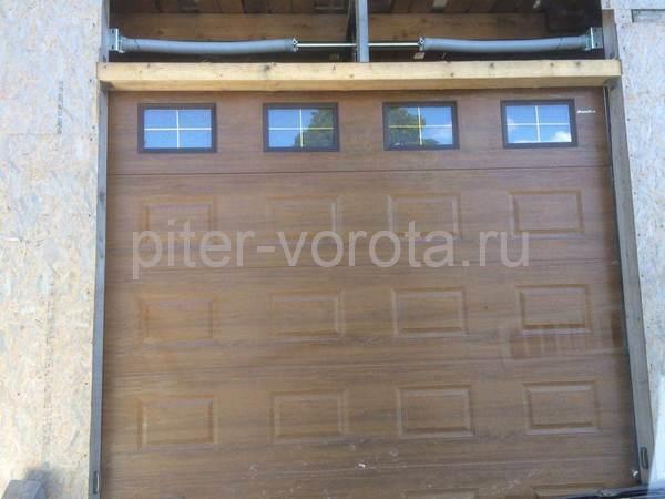 Промышленные подъёмно-секционные ворота в Приветненском