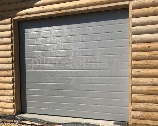 Гаражные подъёмно-секционные ворота Doorhan RSD02 в Сосновом бору
