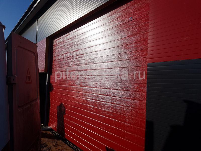 Гаражные подъёмно-секционные ворота DoorHan RSD02 в д.Санино