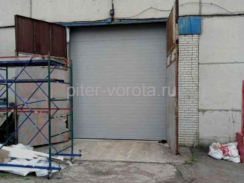 Промышленные подъёмно-секционные ворота на Волхонском шоссе